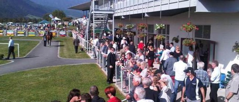 Fiber Fresh NZ Thoroughbred Breeders' Stakes Day