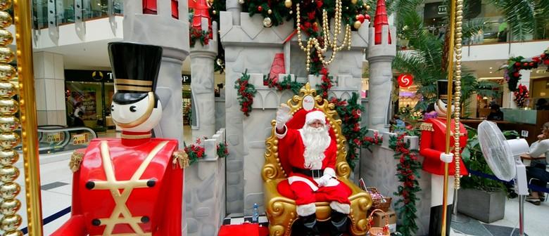 Westfield St Lukes Santa's Arrival