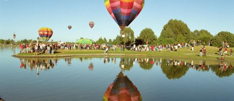 Balloons Over Wairarapa 2013