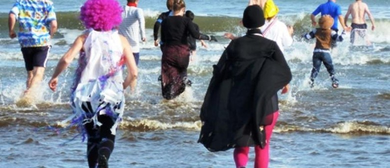 Midwinter swim and duck race!