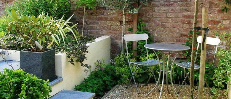 The Well-Designed Garden - Elements of Small Garden Design