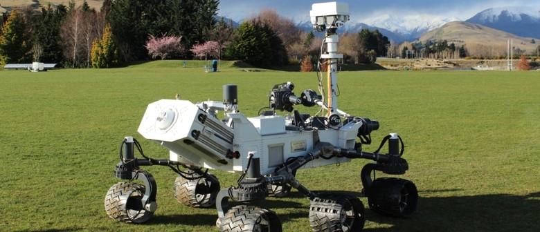 From Mars to MOTAT - Mars Rover 'curiosity' Rocks Up