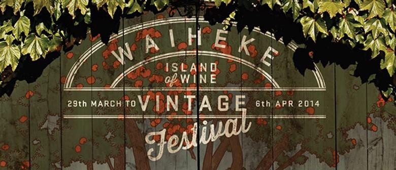 Music in the Vines - Nikki Ngatai & Aaron Carpenter