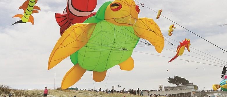 Streets Kite Day