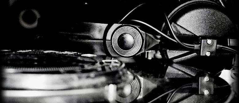 La Zeppa presents DJ Selecta Sam