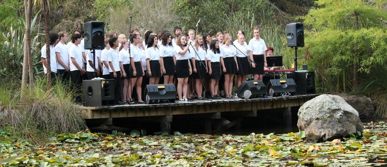 Hillcrest High Scat Choir - Sunday Sounds at the Museum