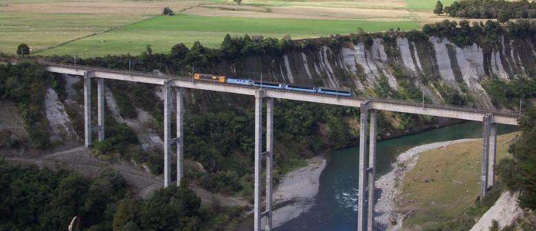 Raurimu Spiral Excursion with High Voltage Locomotive