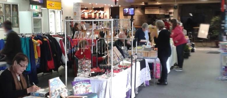 Indoor Craft & Collectible Market