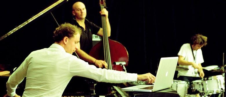 Creative Jazz Club: Benny Lackner Trio
