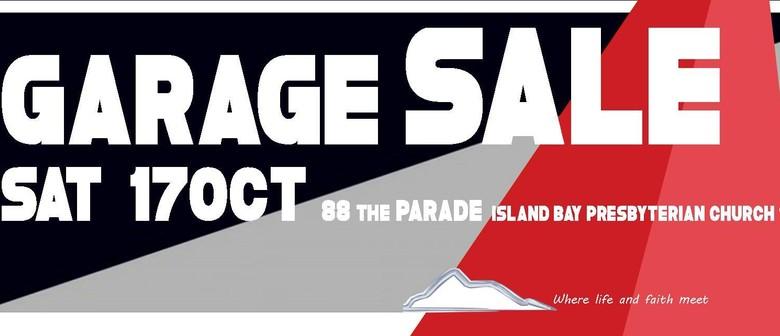 Garage Sale in Island Bay