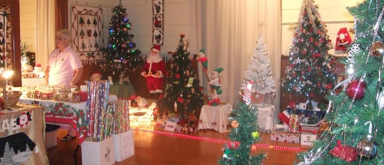 Tremendous Christmas Tree Display