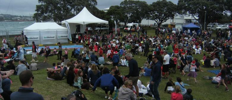 The Devonport Christmas Festival Dance in the Park 2015