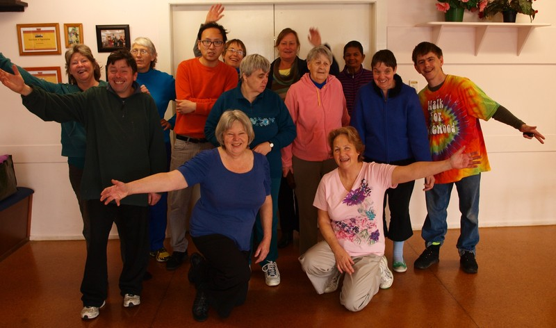 blood and laughter club There are laughter clubs and laughter programs locally, a talk on laughter is the best medicine is being presented throughout the month of april at senior sites throughout washington county and on monday, april 19, laughter day is being held at potomac towers, which will feature joke telling.