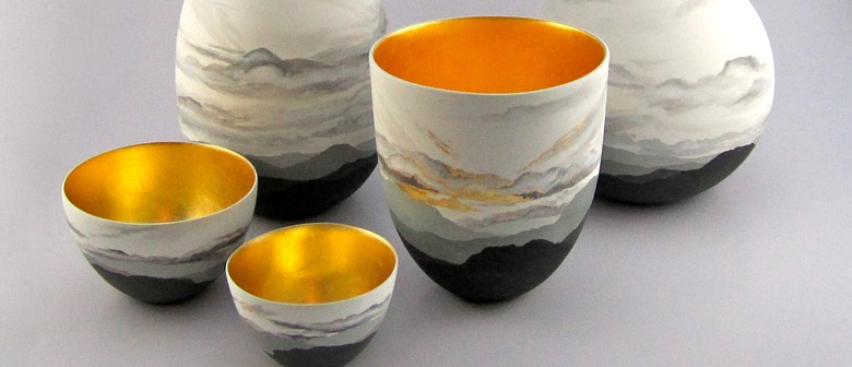 Studio One Toi Tū - Ceramic Gilding with Gold