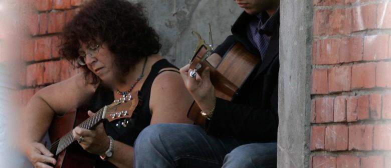 Strings 'N Things -Back@Rosies for One Night