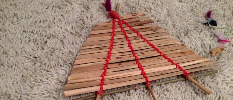 Maaori Arts and Crafts - Make Manutukutuku/Kites