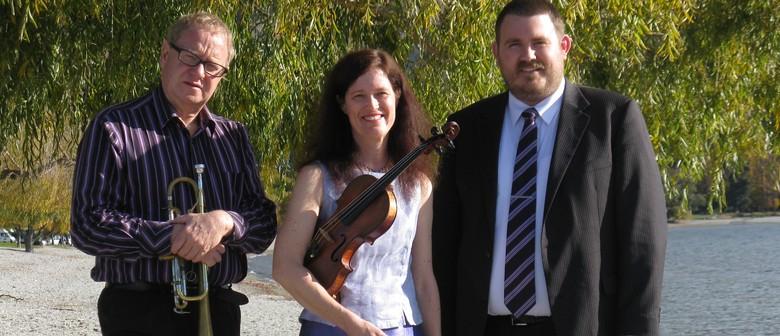 Tottle Trio