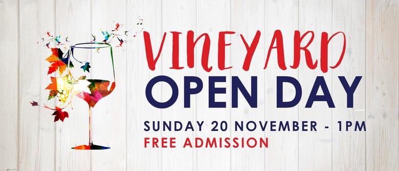 CharRees Vineyard Open Day