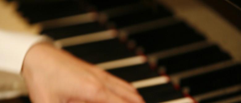 Lunchtime Organ Concert: James Tibbles