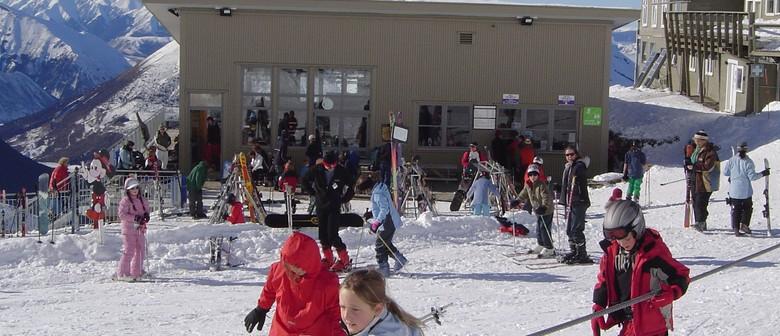CSA Ski Sale & Snowshow 2010