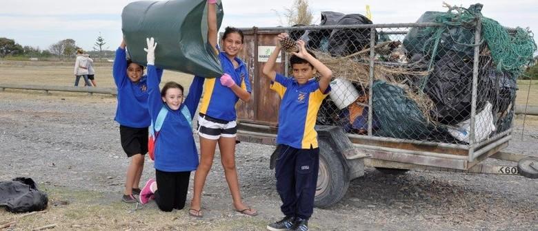 Seaweek - Waitangi Regional Park Beach Clean, Walk & Talk
