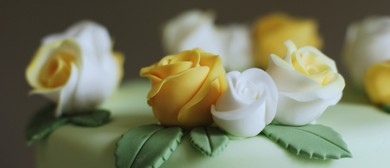 Cover That Cake (Cake Decorating)
