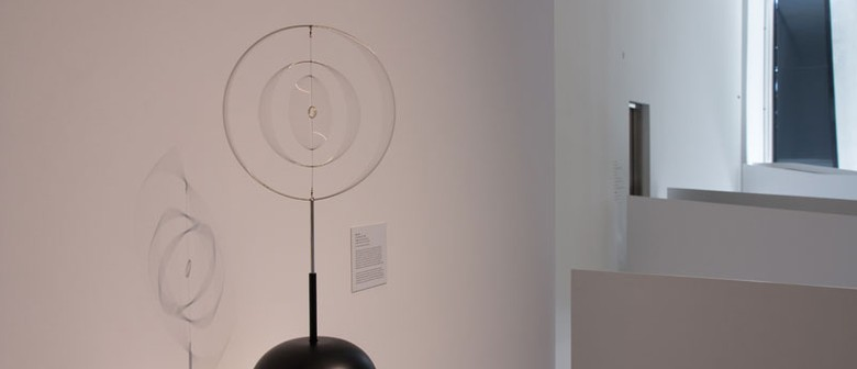 Len Lye's Kinetic Sculpture Roundhead