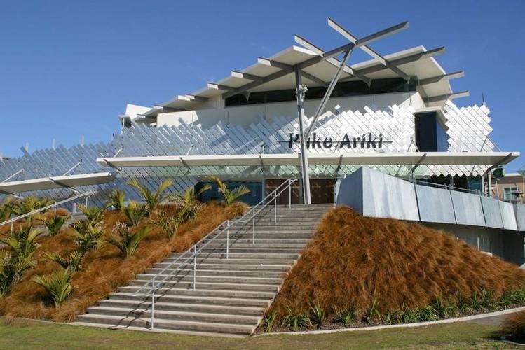 Exploring Taranaki - New Plymouth Attractions - Puke Ariki