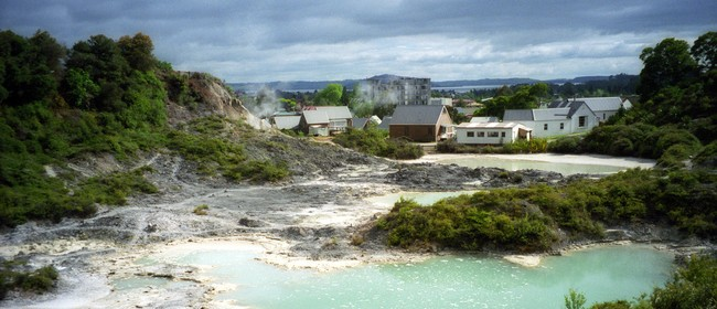 Whakarewarewa: The Living Thermal Village