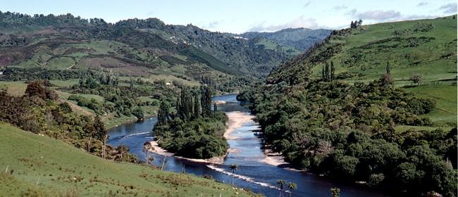 Whanganui River - Roadside Stories