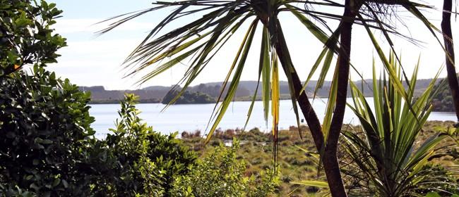 Lake Papaitonga - Roadside Stories