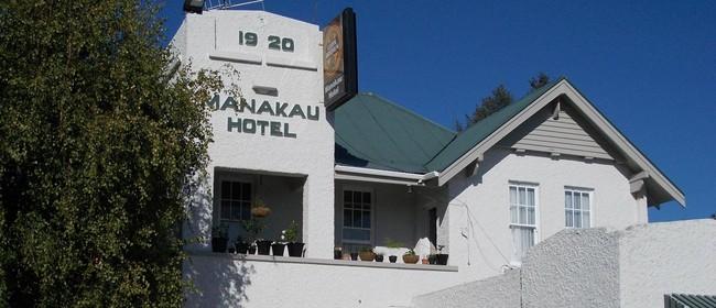 Manakau Hotel