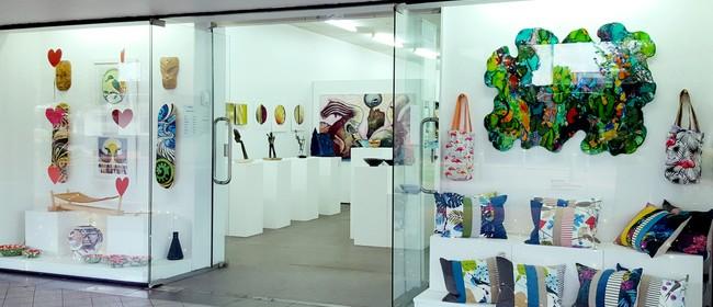 Helium Gallery